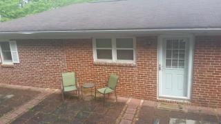 1112 Narrow Ln #1-37601, Johnson City, TN 37604