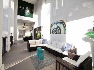 952 SW 57th Ave #4AD, Miami, FL 33144