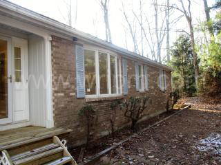 7 Jordan Mill Ct, White Hall, MD 21161