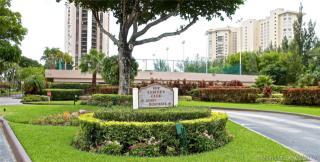 1800 NE 114th St #502, North Miami, FL 33181