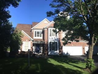 1136 Williamsburg Cir, Grayslake, IL 60030