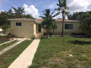 805 NE 138th St, North Miami, FL 33161