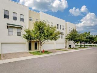 4626 Legacy Park Dr, Tampa, FL 33611