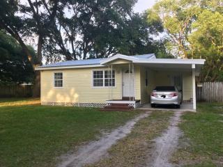 3512 Mud Lake Rd, Plant City, FL 33566