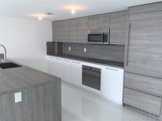 400 Sunny Isles Blvd #1105, Miami, FL 33160
