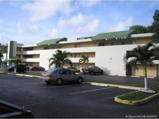 8810 Fontainebleau Blvd #218, Miami, FL 33172
