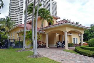 3463 NE 171st St, North Miami Beach, FL 33160