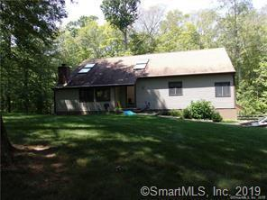30 Joseph Dr S, Guilford, CT 06437