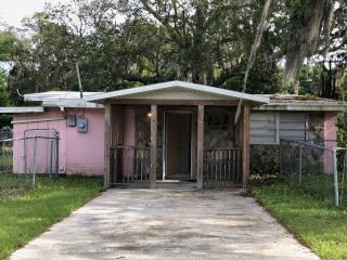 10209 N 21st St, Tampa, FL 33612