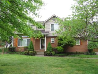 516 Suffolk Ct, Old Hickory, TN 37138