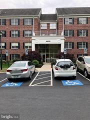 12030 Tralee Rd #401, Lutherville Timonium, MD 21093