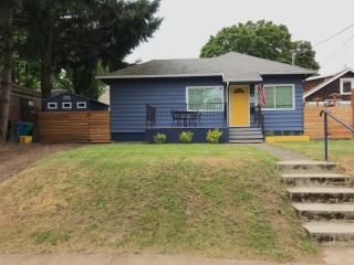 4123 SE 15th Ave, Portland, OR 97202