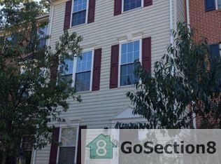 7852 Canter Ct, Severn, MD 21144 - 2 5 Bath Townhouse - 7 Photos