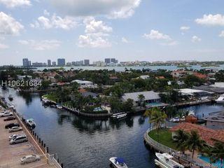 2450 NE 135th St #909, North Miami, FL 33181