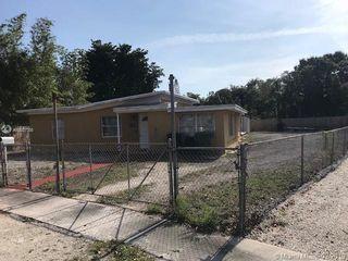 520 NW 137th St, North Miami, FL 33168