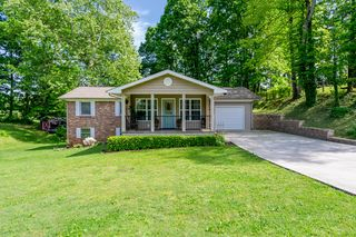 3908 Kenilworth Ln, Knoxville, TN 37914