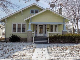 622 W 26th St, Kearney, NE 68845