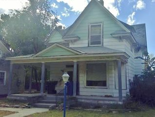 2214 5th Ave, Kearney, NE 68845