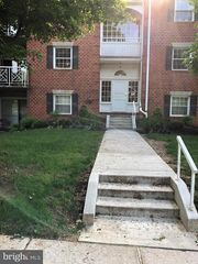 4 Brooking Ct #101, Lutherville Timonium, MD 21093