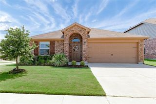8236 Spotted Doe Dr, Fort Worth, TX 76179