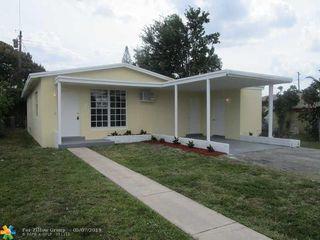 260 NE 174th St, North Miami Beach, FL 33162