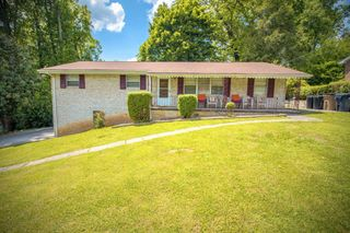 1731 Woodhaven Dr, Knoxville, TN 37914