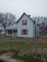 1204 17th Ave, Central City, NE 68826