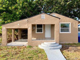 1833 NW 68th Ter, Miami, FL 33147