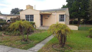1043 NW 74th St, Miami, FL 33150