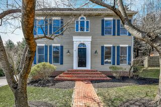17 Stony Meadow Ct, Lutherville Timonium, MD 21093