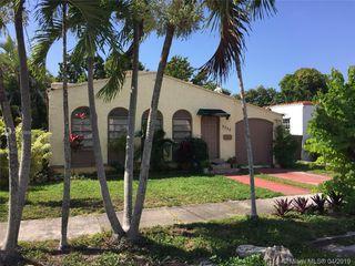 3330 SW 9th St, Miami, FL 33135
