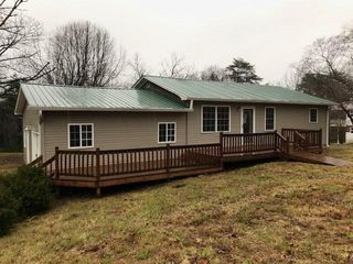 150 Frazier Rd, Livingston, TN 38570