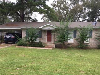 109 Astor Dr, Andalusia, AL 36420