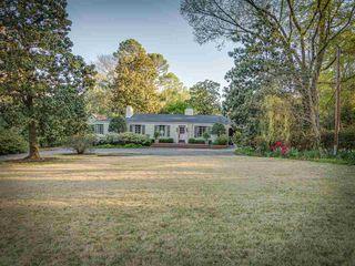 4015 N Galloway Dr, Memphis, TN 38111