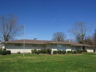 504 Douglas Dr, Lawrenceburg, TN 38464