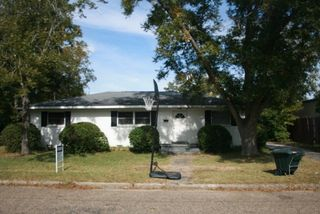 103 Packer Ave, Andalusia, AL 36420