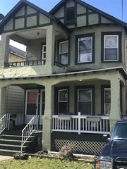 10 Albion Ave, Albany, NY 12209