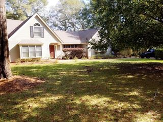 305 Christy Ln, Andalusia, AL 36420