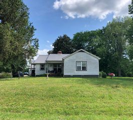 415 County Road 331, Sweetwater, TN 37874