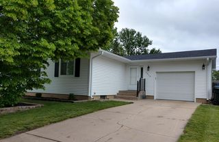 1319 13th Ave, Kearney, NE 68845