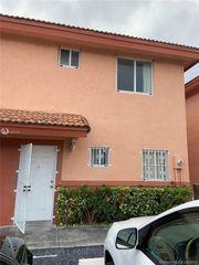 8085 NW 8th St #1, Miami, FL 33126