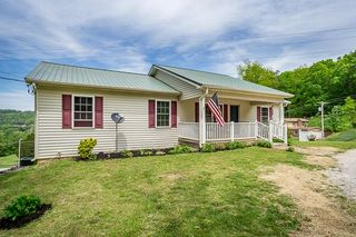 832 Peach Dr, Livingston, TN 38570