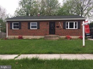 6121 Moorefield Rd, Baltimore, MD 21228
