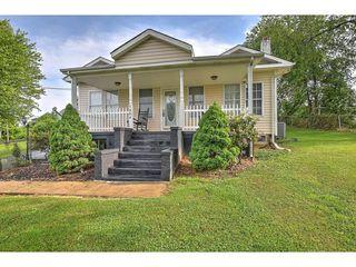 1804 Indian Ridge Rd, Johnson City, TN 37604