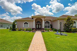 1716 Oakwood Estates Dr, Plant City, FL 33563