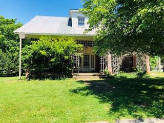 205 Daugherty St, Livingston, TN 38570