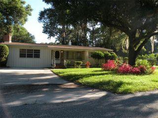 1302 Oakdale St, Plant City, FL 33563
