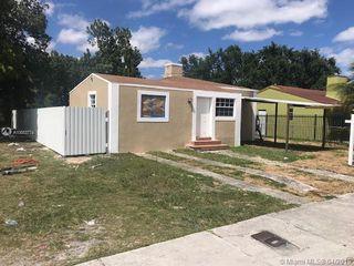 1027 NW 75th St, Miami, FL 33150