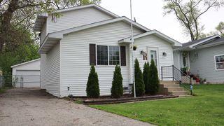 415 Kenwood Dr, Round Lake Park, IL 60073