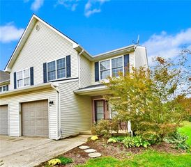 1379 Mohr Cir, Macungie, PA 18062